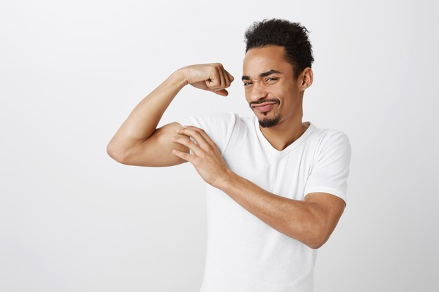 6 Cara Membesarkan Otot Bisep Pria