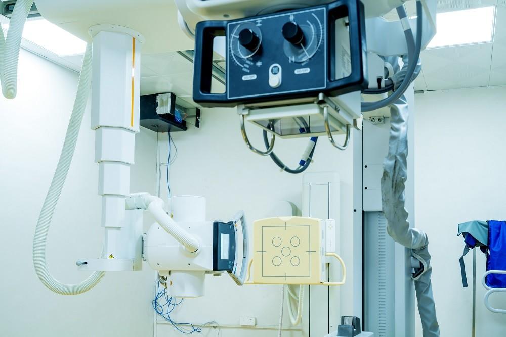 Gambar sebuah alat rontgen di Rumah Sakit