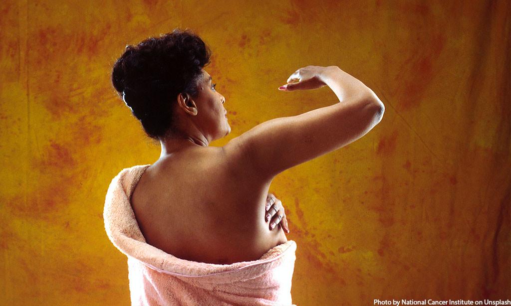 Lakukan SADARI (Periksa Payudara Sendiri) Demi Antisipasi Kanker