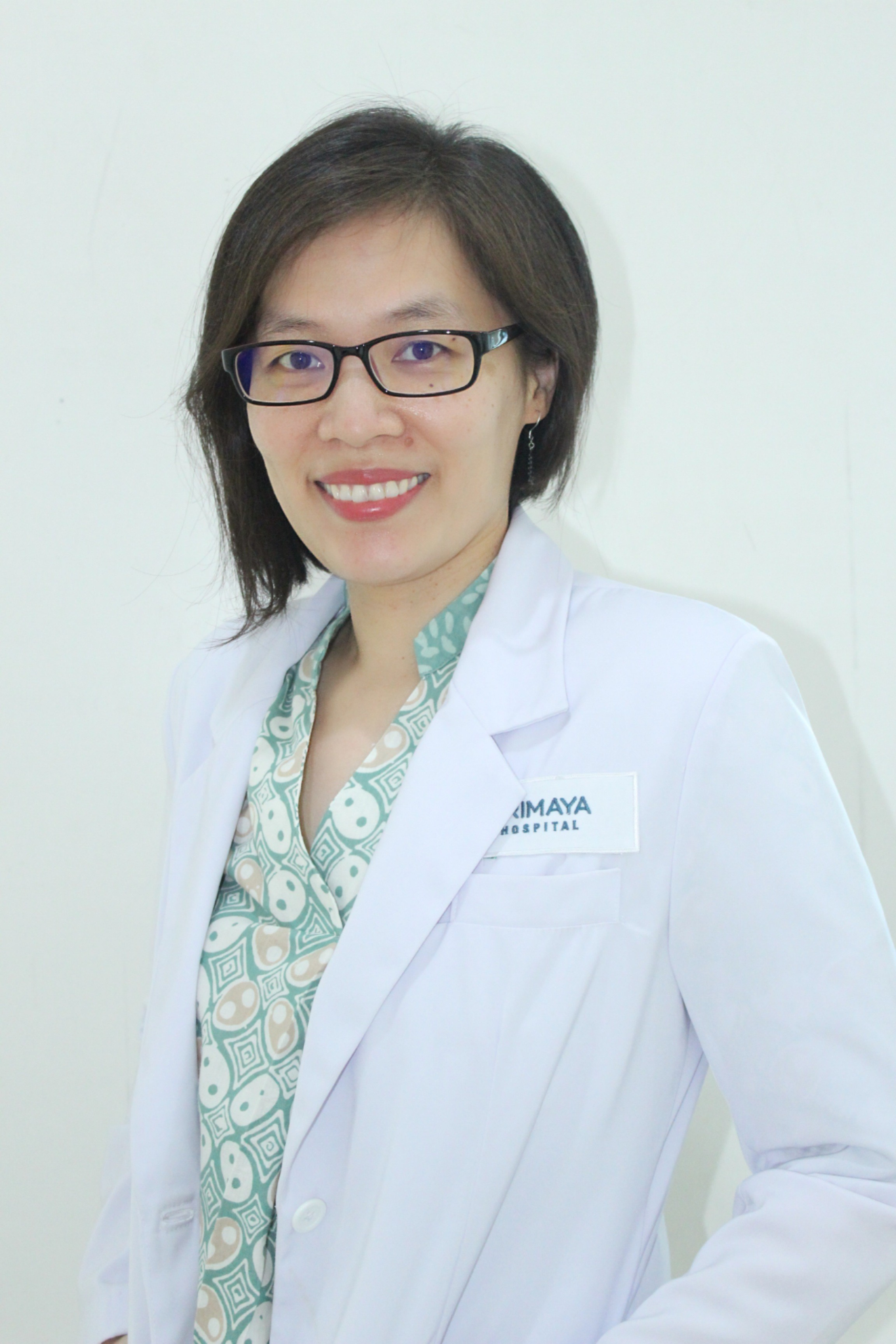 Dr Monique Carolina Widjaja, MGizi, SpGK